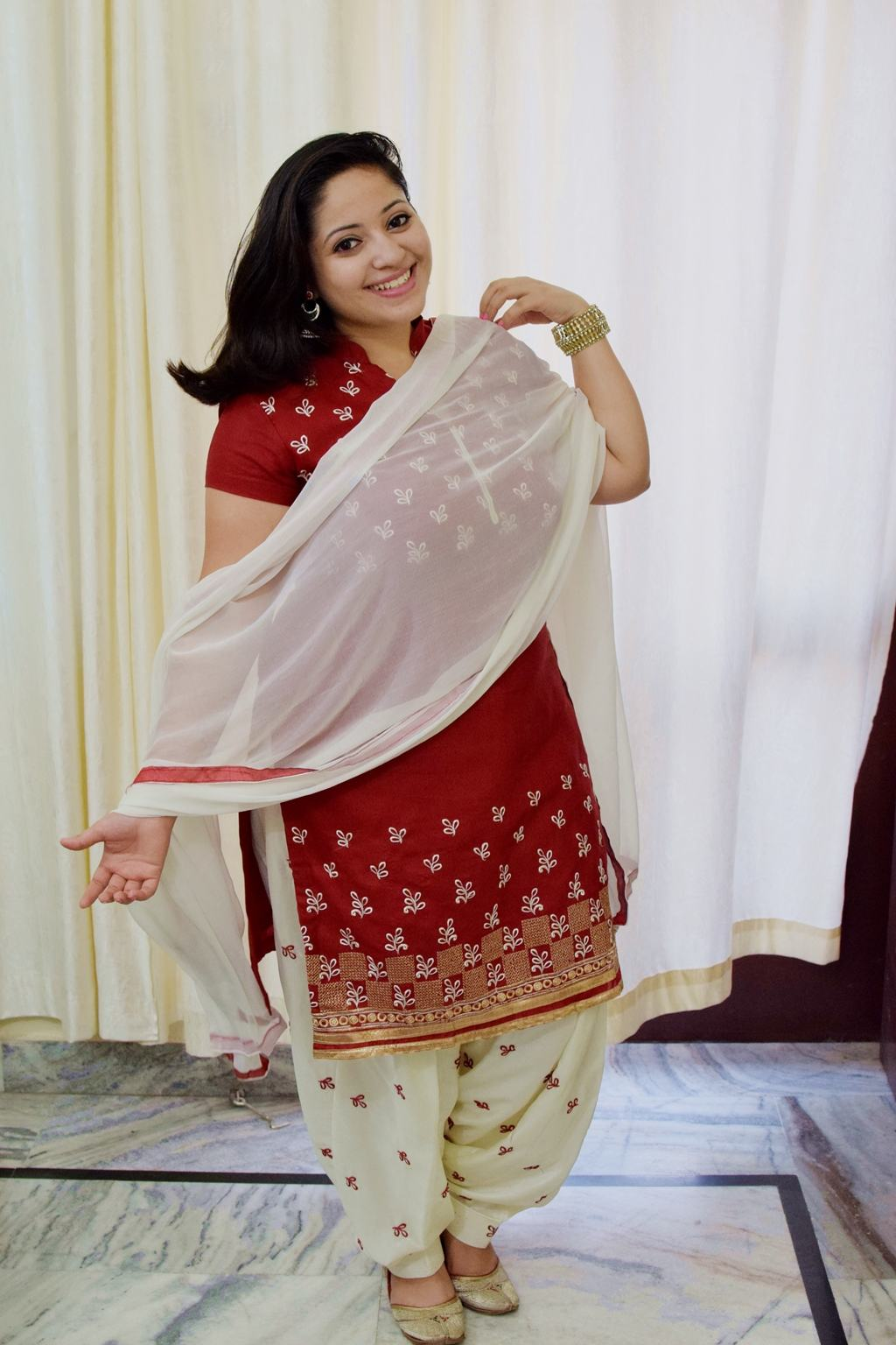 OOTD With Sareez.com And How I Like To Style Punjabi Suits? - Finix Post