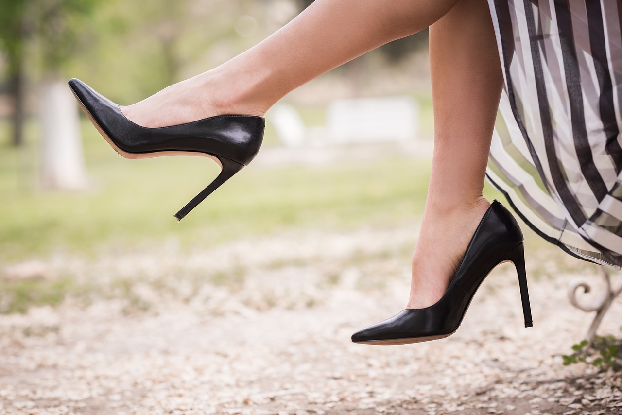 types of shoes every lazy girl should own - heels